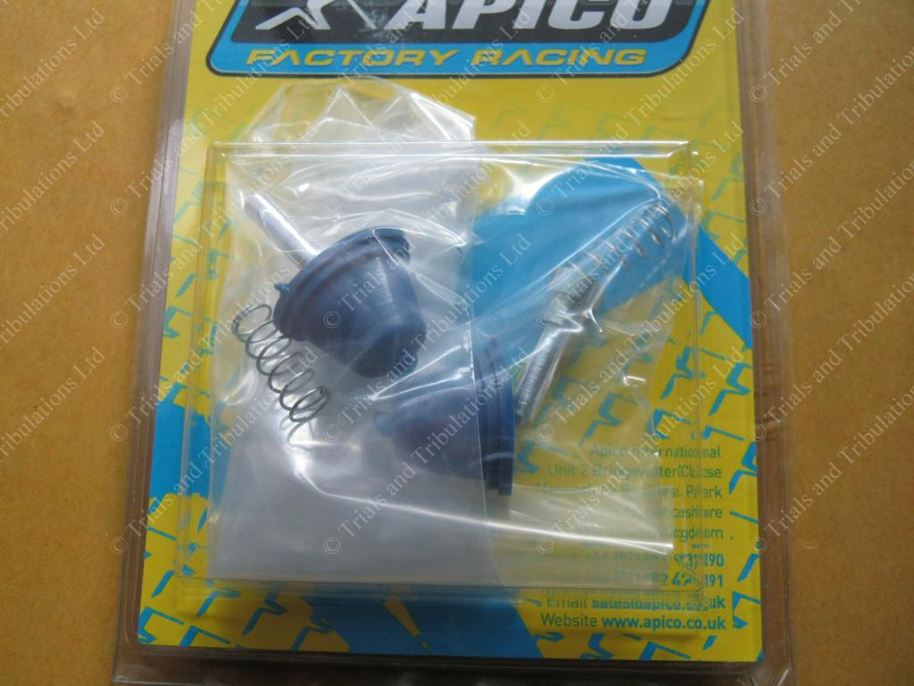 Apico master cylinder BLUE rubber boot kit (pair)