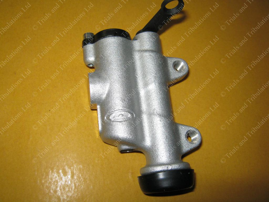 Beta Evo 2010 -on rear master cylinder assembly