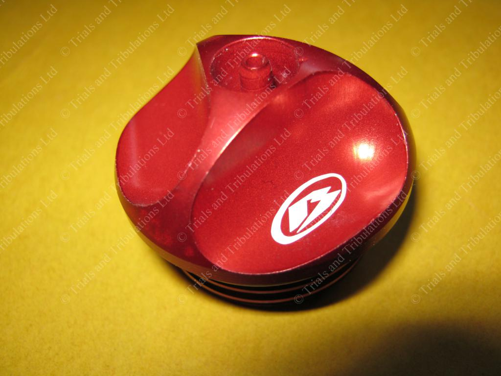 Beta Factory Evo 09-on fuel filler cap (red)