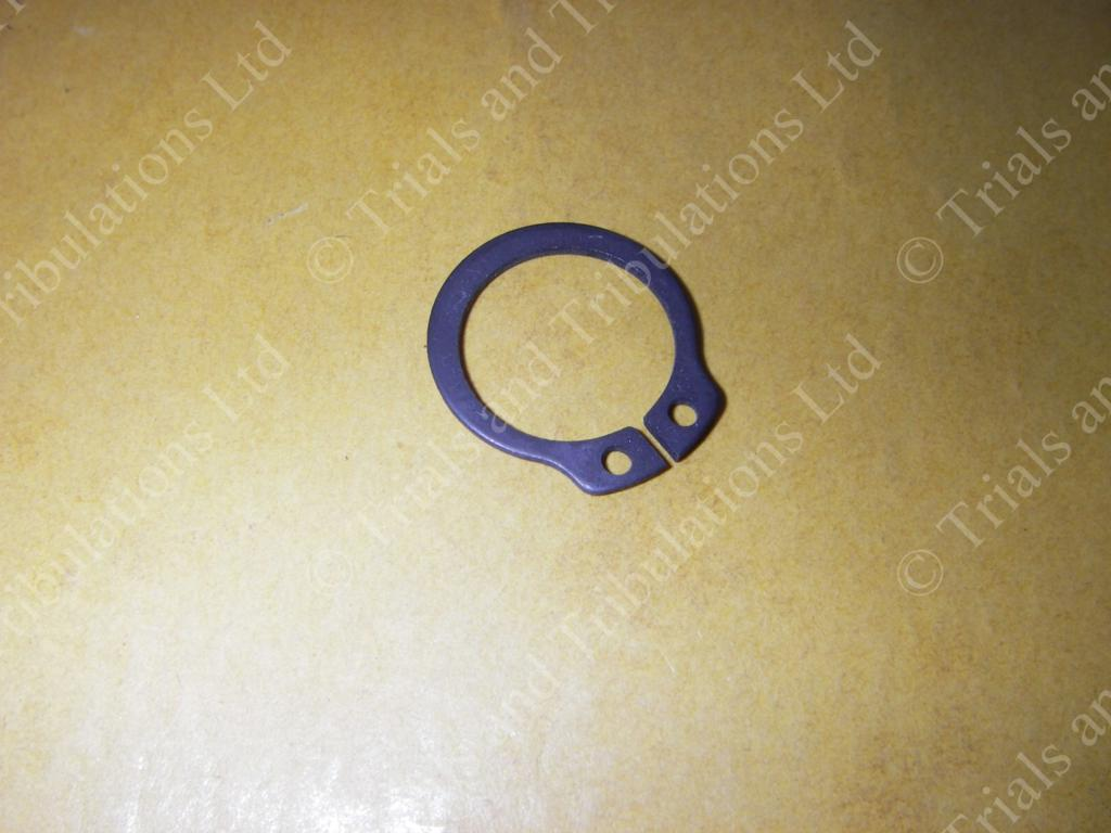 Gas Gas Pro '02-on 2nd/5th gear retaining circlip