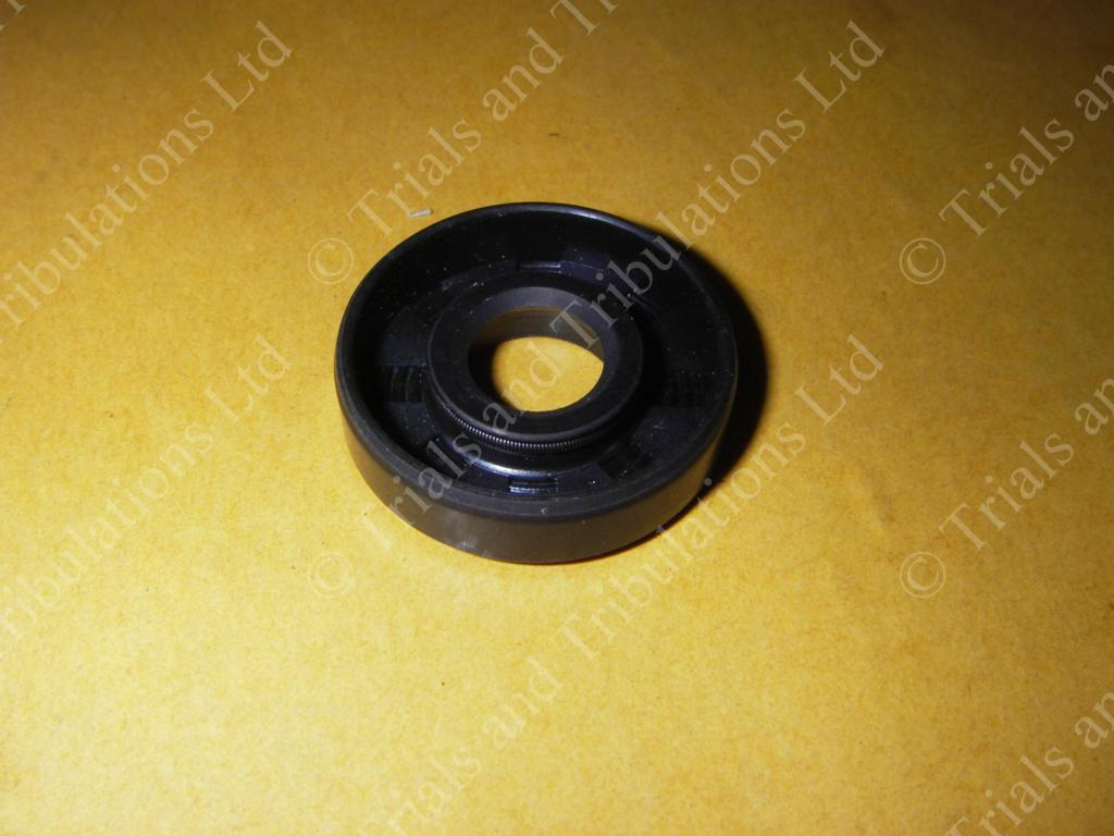 Gas Gas JT,JTR,TXT 94 to 03 (editon) waterpump seal (10mm shaft)